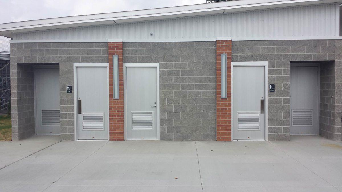aluminum-plank-doors-for-restrooms